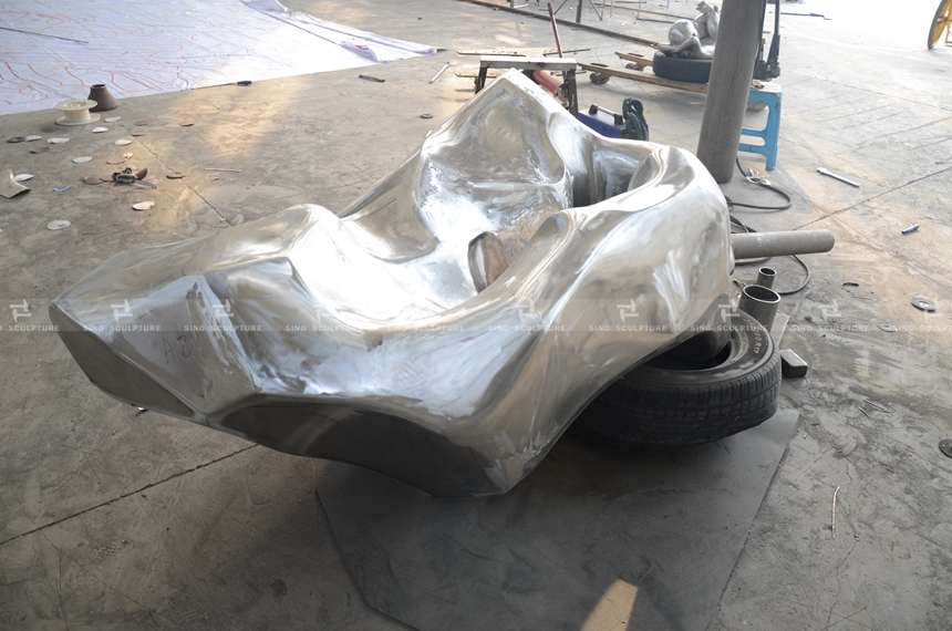 before mirror polishing-stainless-steel-rock-sculpture-mirror-stainless-steel-rock-monuments.jpg