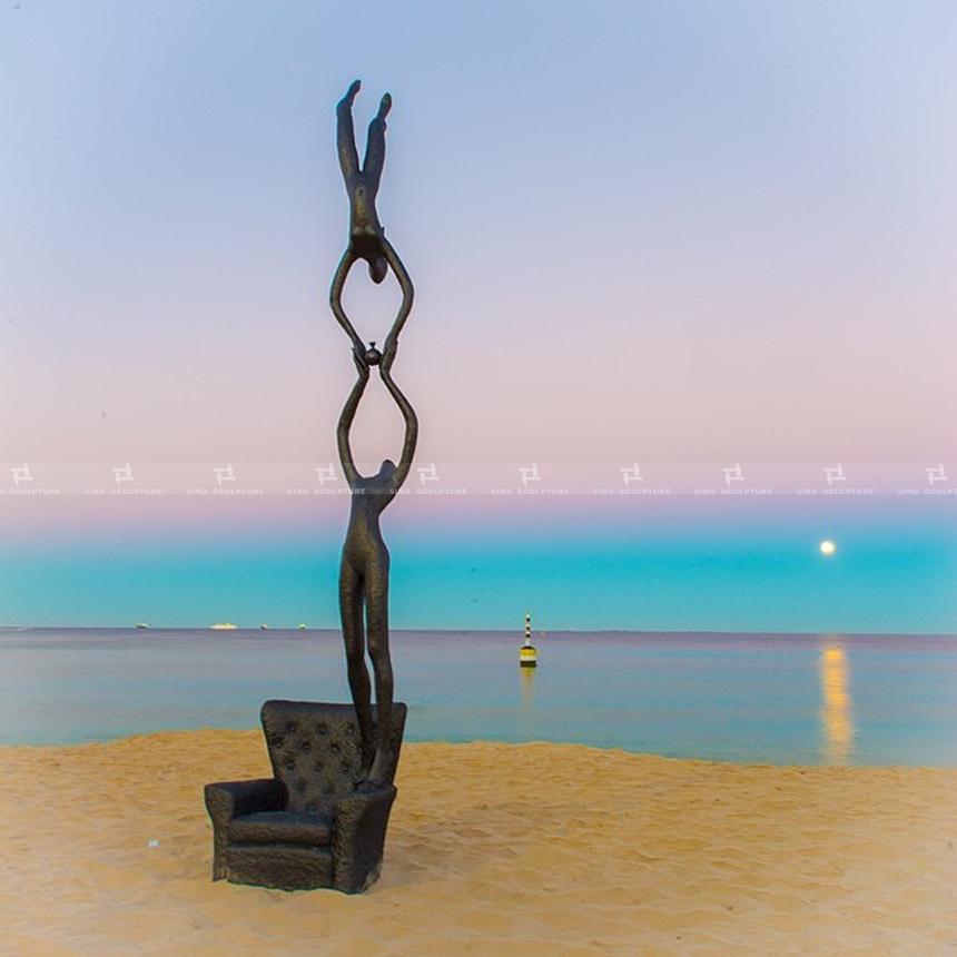 casted-bronze-sculpture-large-bronze-sculpture-weld-bronze-sculptureBronze statue.jpg