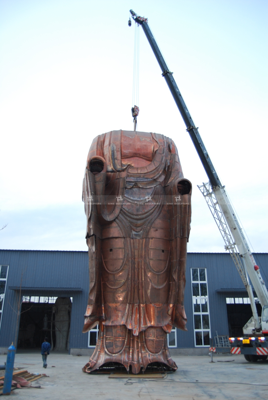 bronze-buddha-Amitabha-sculptures-trail-installation-at-sino-factory .jpg